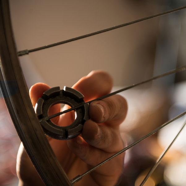 Bicycle wheel adjustment